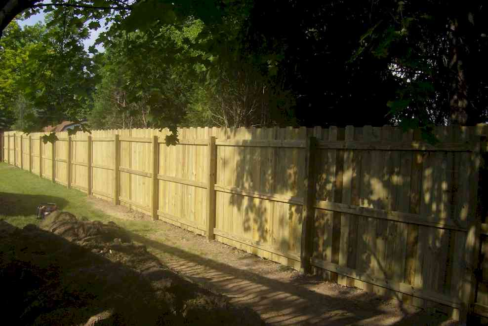 Wood Bf Amp R Fence